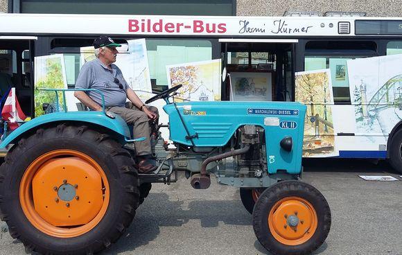 Bilderbus beim Traktortreffen